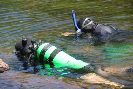 USFS Dive team uses scuba gear to reach the deep infestations. Photo by Ken Meyer, USFS